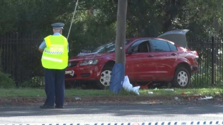 在Dubbo附近发生的撞车事故中,两名儿童死亡,三名受伤