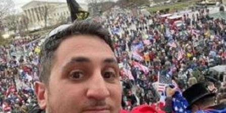 联邦调查局逮捕了与国会大厦围城事件有关的曼哈顿男子