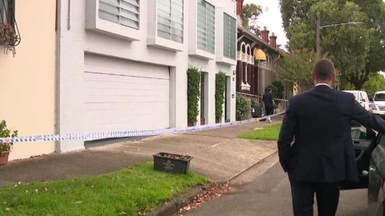 房地产经纪人被悉尼武士持刀袭击