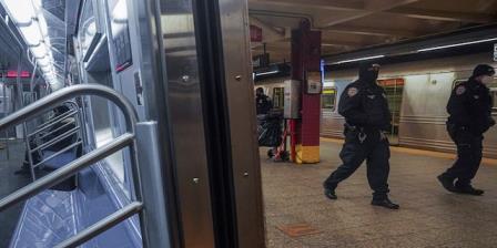 """纽约市2月份枪击事件激增75%;白思豪坚称:""""我们是美国最安全的大城市"""""""