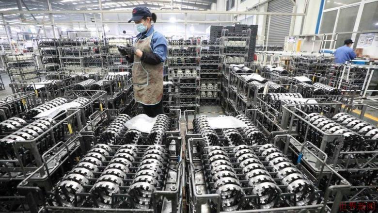 中国经济继续强劲反弹