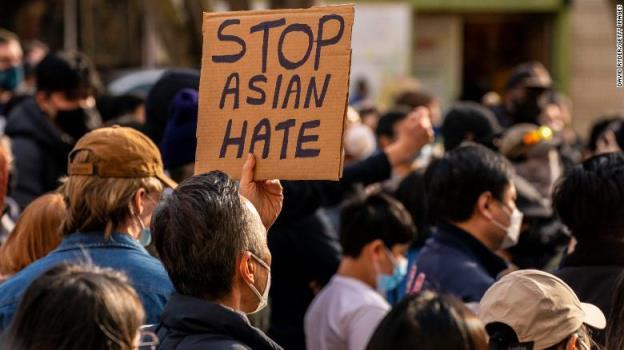 白人至上主义和仇恨一直困扰着亚裔美国人