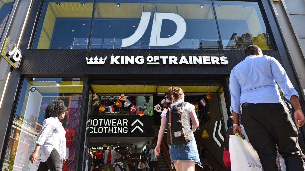 JD体育老板表示,英国脱欧比人们担心的还要糟糕