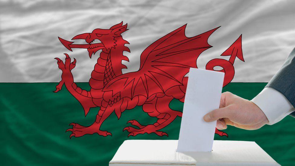 新冠肺炎在威尔士:sendd给了自己一个选择,推迟五月的选举