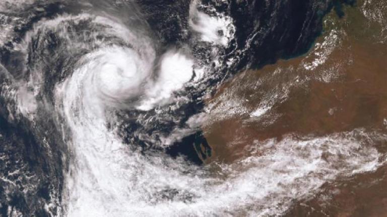 据预报,飓风瑟罗贾将于周日登陆,已下令疏散
