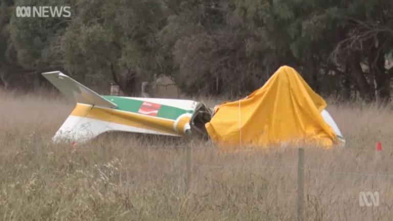 一架轻型飞机在堪培拉北部萨顿附近坠毁,造成两人死亡