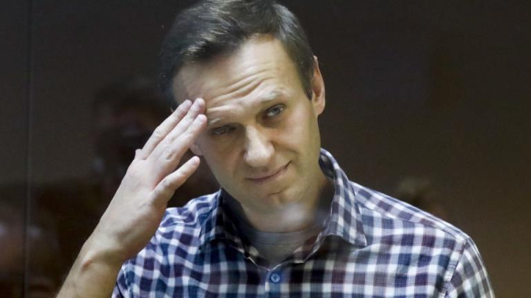 阿列克谢·纳瓦尔尼(Alexei Navalny)的女儿恳求医生给爸爸看病