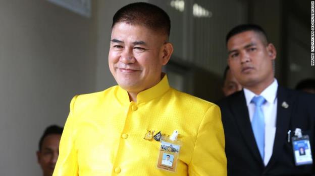 泰国法院规定,尽管涉嫌海洛因走私,部长仍可继续任职