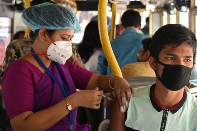 """印度科学家呼吁""""全球共同努力""""遏制传染性超强的德尔塔病毒"""
