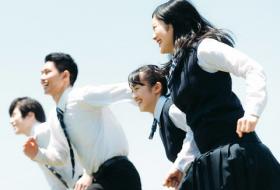日本下调成年年龄 对18岁起加重刑事处罚新立法的调查