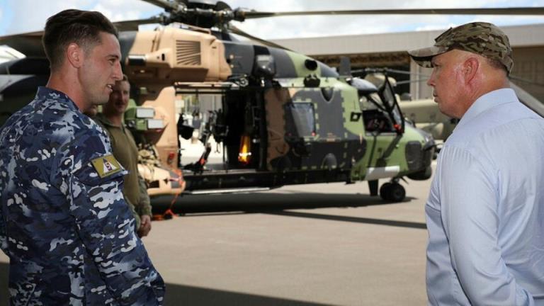 出于安全考虑,防务部门称MRH-90大班直升机舰队陷入困境