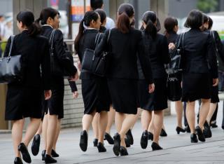 路透社调查显示,日本企业在增加女性管理者方面远未达到目标