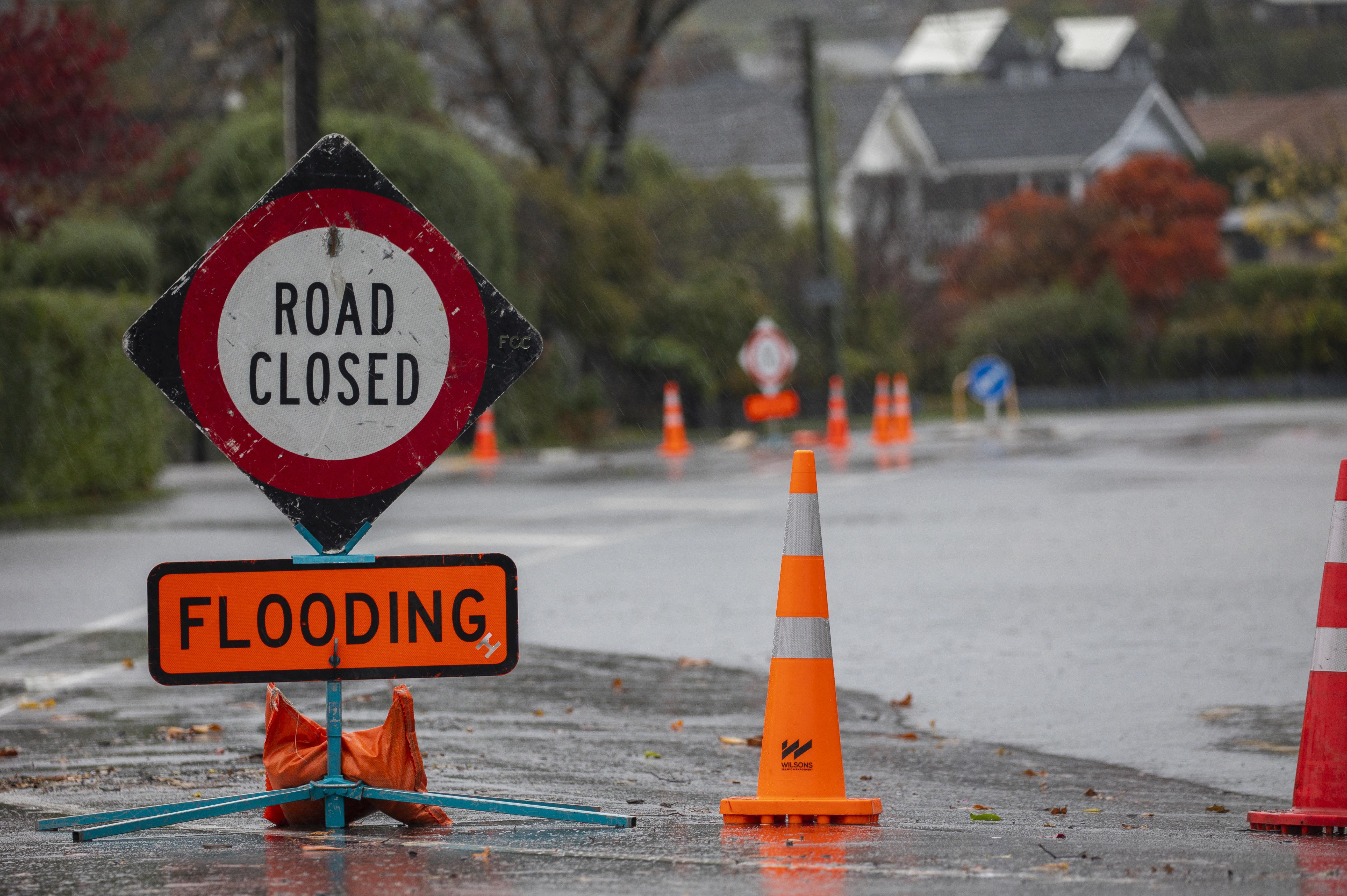 全球水循环变得更加强烈,这使得新西兰的潮湿地区更加潮湿