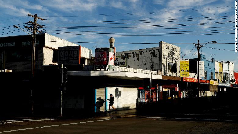 澳大利亚报道了新冠肺炎病例,悉尼医院搭起应急帐篷