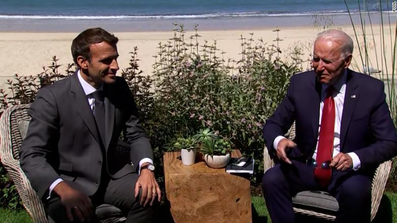 自外交危机爆发以来,拜登首次与法国总统马克龙通电话