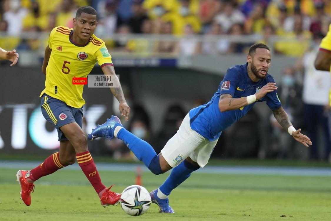 内马尔的巴西队友敦促他继续踢过世界杯