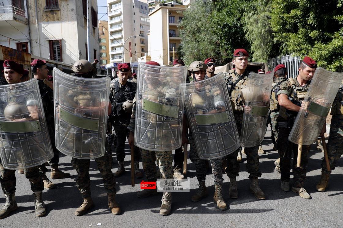 贝鲁特爆炸调查抗议中发生枪战,5人死亡,30人受伤