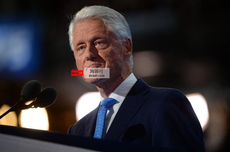 美国前总统比尔·克林顿因非covid感染住院